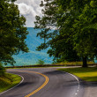 Curve on Skyline Drive and view of the Blue Ridge in Shenandoah — Stock Photo #30074931
