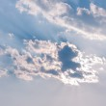 Cloud and sunbeam — Stock Photo #41478147