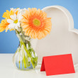 Love - Flowers, a Heart and a Card — Stock Photo