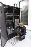 IT Consultant Maintains Backup in Datacenter — Stock Photo