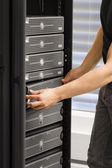 IT Consultant Maintain SAN and Servers — 图库照片
