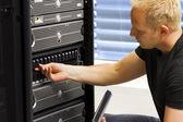 To konsultant utrzymania serwerów i san — Zdjęcie stockowe