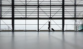 Traveler in airport terminal — Stock Photo