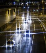 車のライトのトレイル — ストック写真