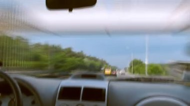 Daytime freeway driving into city with motion blur time lapse — Stock Video