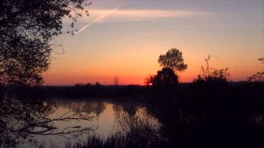 Sunrise over lake timelapse — Stock Video
