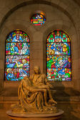 Manila Cathedral - Piety — Stockfoto