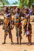 Hamar girls at the market — Stock Photo