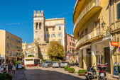 Old tower in the street of old city Corfu — Stockfoto