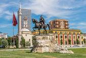Skanderbeg Square in Tirana . — Stock Photo