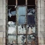 finestra della vecchia casa in legno — Foto Stock