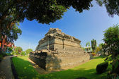 View of Jago Temple beside garden — Stock Photo