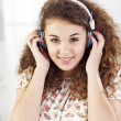 Teenager listening music — Lizenzfreies Foto