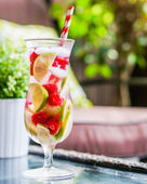 Detox water cocktail — Stock Photo