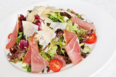 Mix salad with parma ham — Stock Photo