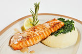 Salmon fillet with mashed potatoes — Stock Photo