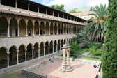 Courtyard of Pedralbes abbey. — Stock Photo