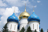 Cupolas of a Russian orthodox church — Stock Photo