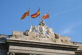 Three flags at Barcelona city hall. — Stock Photo