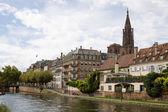 Paesaggio urbano a Strasburgo. Alsazia, Francia — Foto Stock