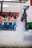 Camiones de hielo que vierte — Foto de Stock