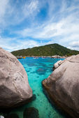 Nangyuan island of the clear ocean, blue sky — Stock Photo