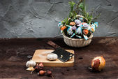 Shallots , Onion , Garlic , Chopping board and Knife with Flower — Stockfoto