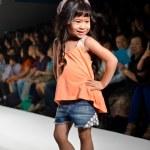 THAILAND, BANGKOK- OCT 2013 : A model walks the runway at the Gi — Stock Photo