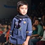THAILAND, BANGKOK- OCT 2013 : A model walks the runway at the IK — Stock Photo #33046443