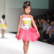 THAILAND, BANGKOK- OCT 2013 : A model walks the runway at the LA — Stock Photo #33341601