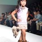 THAILAND, BANGKOK- OCT 2013 : A model walks the runway at the LE — Stock Photo