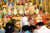 Chachengsal, таиланд - 8 мая 2014 года: неизвестные учителей и пу — Стоковое фото