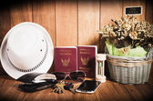 Still life concept of traveling all over the world — Stock Photo