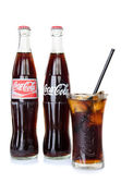 BANGKOK, THAILAND - JULY 14, 2014: Cold Classic Coke Bottle on a — Zdjęcie stockowe
