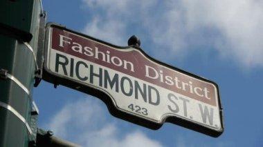Fashion district signe de rue cu — Vidéo