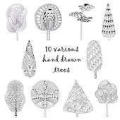 Hand drawn trees isolated, sketch, doodle style trees set — Stock Vector