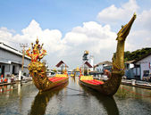 Thai royal barge, supreme art of Thailand. — Stock Photo