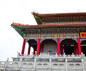Beaux immeubles au temple chinois, nonthaburi, thaïlande. — Photo