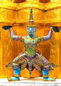 Giant statue of a beautiful Pagoda in Wat Phra Kaew, Thailand — Stock Photo