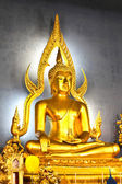 The famous Golden Buddha image in Wat Benchamabophit (Marble Tem — Stok fotoğraf