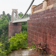 Bench at Clifton Suspension Bridge in Bristol — 图库照片