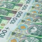Banknotes of 100 PLN (polish zloty) — Stock Photo #41402179