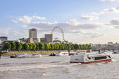 Boats on River Thames in London — Stok fotoğraf