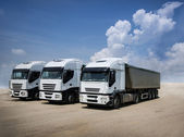 White trucks parked — Stockfoto