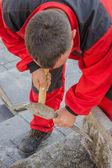 Remove mortar from paving bricks 2 — Stock Photo