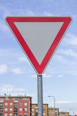 Traffic sign for give way priority yield road with beautiful sky — Stock Photo
