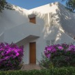 White Ibiza-style building in Cala d'Or, Majorca. — ストック写真