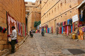 16.10.2012 - Jaisalmer. Rajasthan. India. Shopping street in the fort of Jaisalmer. — Stock Photo