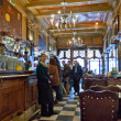 Stockfoto: People at touristic restaurants and bars areLisbon