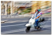 Man ridding a motorbyke on the streets of Pisa Italy — Stock Photo
